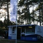 Bulle-de-vente-SAGEC-CAPBRETON-YES-COMMUNICATION-DRAPEAU-AVEC-POTENCE